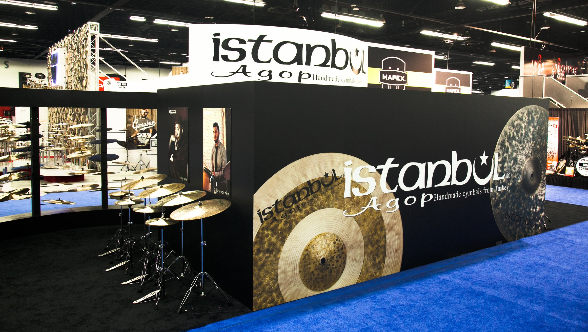 Interactive custom tradeshow booth