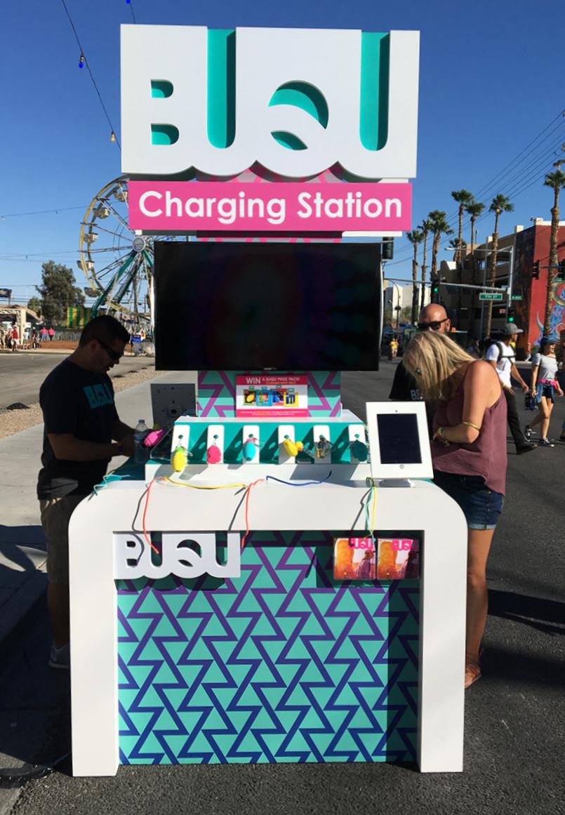 Trade show kiosk charging station