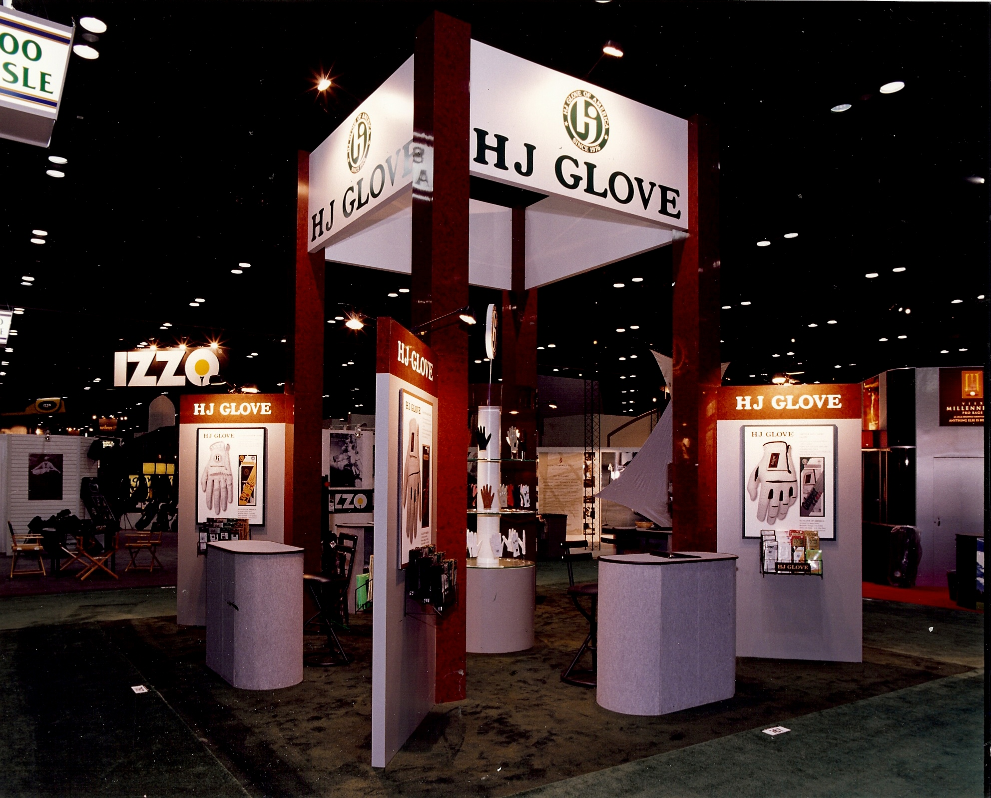 Custom tradeshow banner and booth