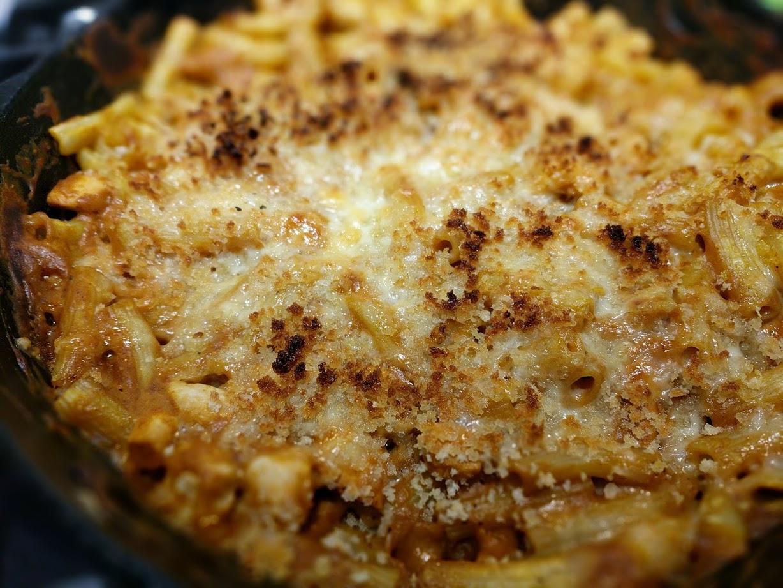 autumnal mac and cheese.jpg
