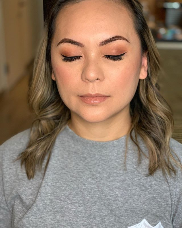 Soft Smokey eyes for my client ✨✨ ———- 📲 💕 Book your appointment for any occasion  @urbandecaycosmetics  @kissproducts  @bhcosmetics  @beccacosmetics . . . . . . #maquillistaennewyork #clasesdemaquillajeennewyork #nycprommakeup  #nycmaquillaje #nycmakeup #nycmakeupartist #makeupglownyc #nycbridalmakeup #nycweddingmakeup #makeupartistnyc #brooklynmakeup #queensmakeup #nycbridal #nycphotoshoot #promakeup #nyceventmakeup #nycmua #brooklynmua #clasesdemaquillajenyc