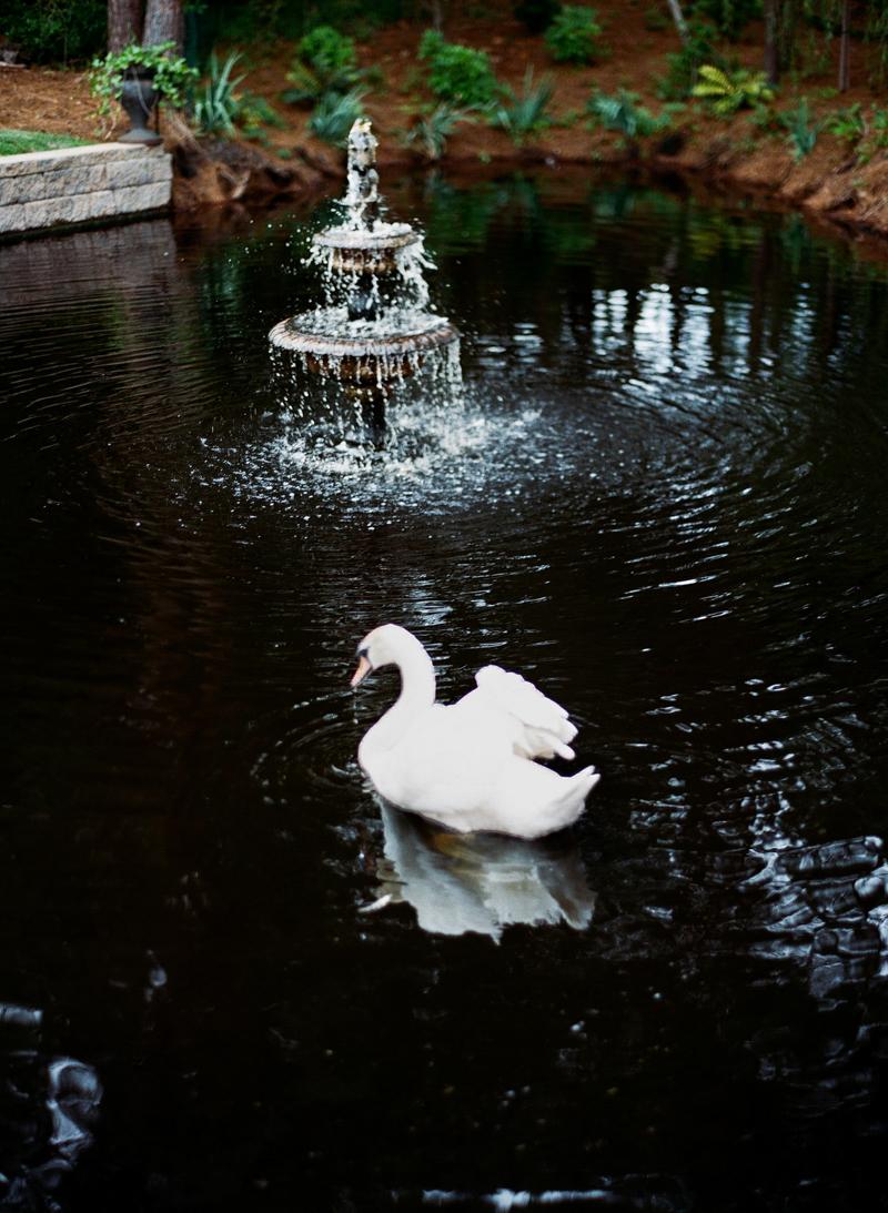 luxury-wedding-at-the-watson-house-emerald-isle-10.jpg