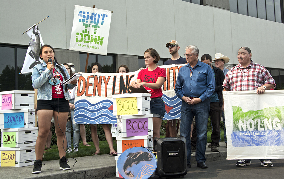 More than 200 people rallied in Medford on August 16th to ask the Oregon Department of Environmental Quality to deny the Clean Water Act permit required for the Jordan Cove fracked gas pipeline. Photo credit: Rogue Climate