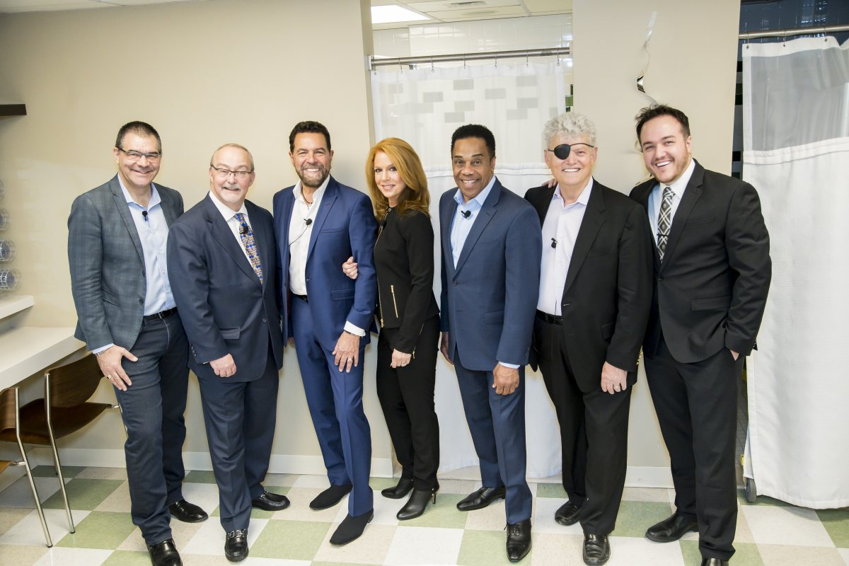 """Backstage at Myron's Cabaret Jazz. (L-R) Review-Journal's man-about-town, John Katsilometes, Myron Martin, Clint Holmes, Kelly Clinton, Earl Turner, Norm Clarke and Channel 13's """"Morning Blend co-host, Shawn Tempesta."""