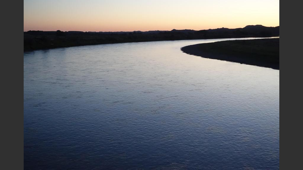 Sunday sunset over the Yellowstone River from the Terry bridge.