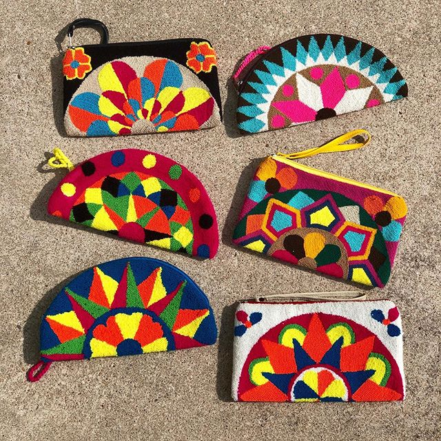 NEW things ✨ As promised, everything I am collecting from Latin America comes directly from the artist. These beautiful clutches come from Santa Marta, Colombia! I hope you guys love them as much as I do 💛 • DM me if you're interested in supporting, I have a feeling these will go quickly. • • #latinamerica #wayuubags #supportlocal #colombia #travel #clutches #handmade #travelwithtaylor #buylocal