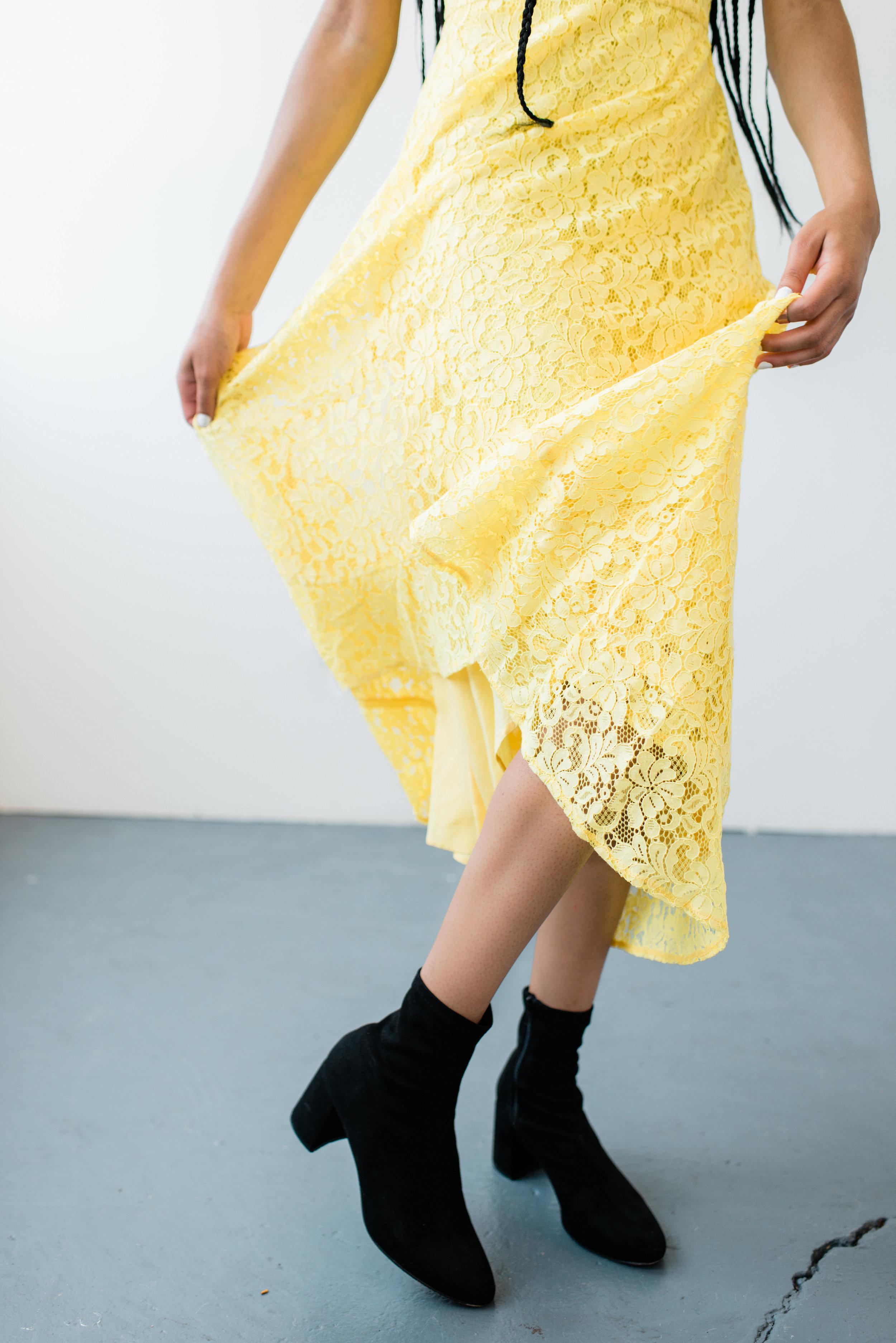 Lace dress, Trend Boutique.