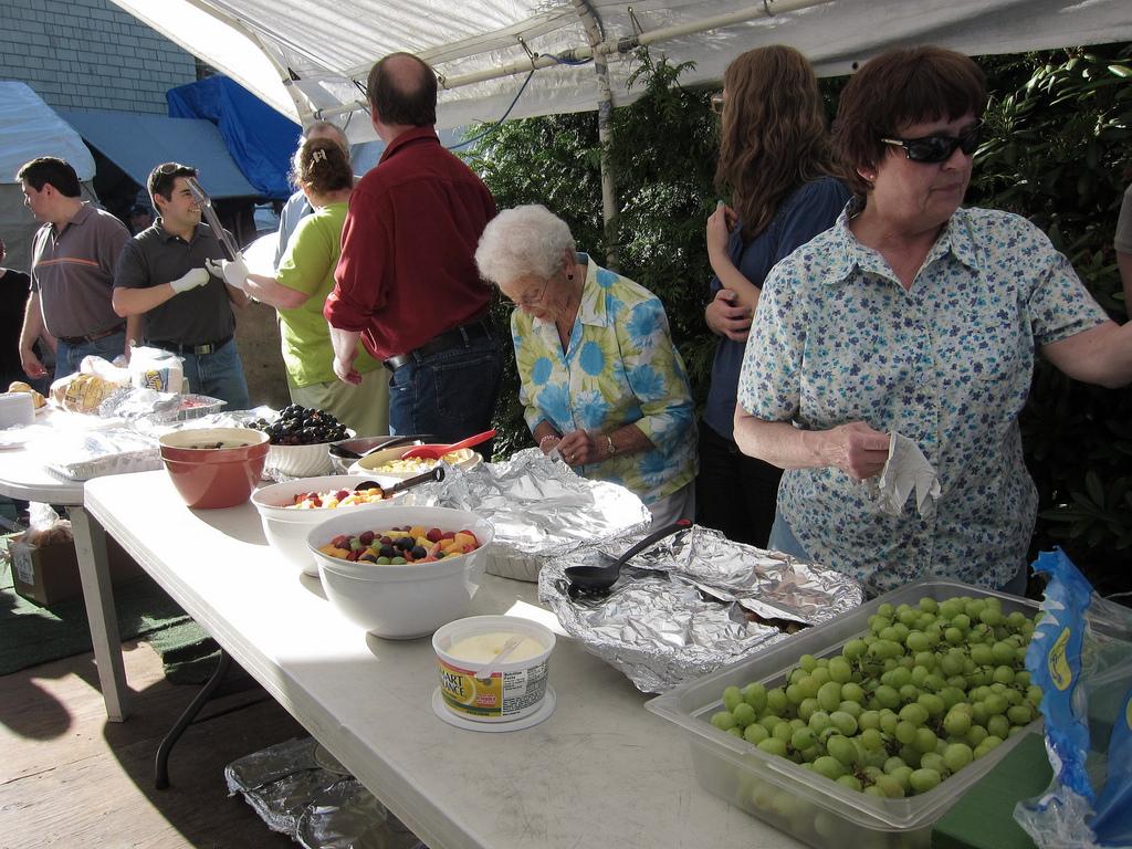 Feeding the homeless.jpg