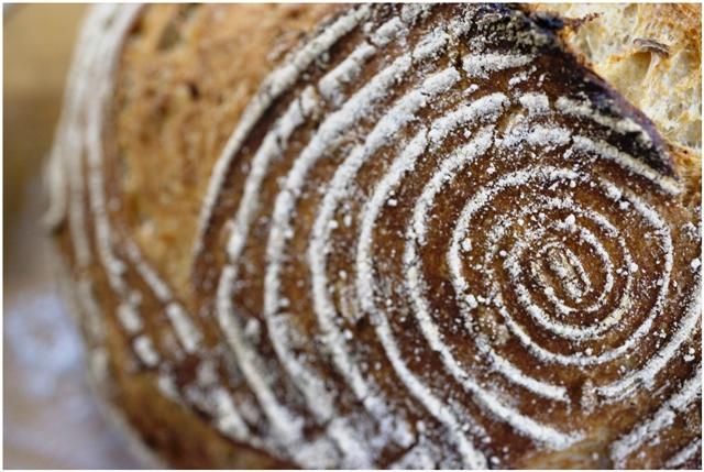 basket_bread_web.jpg