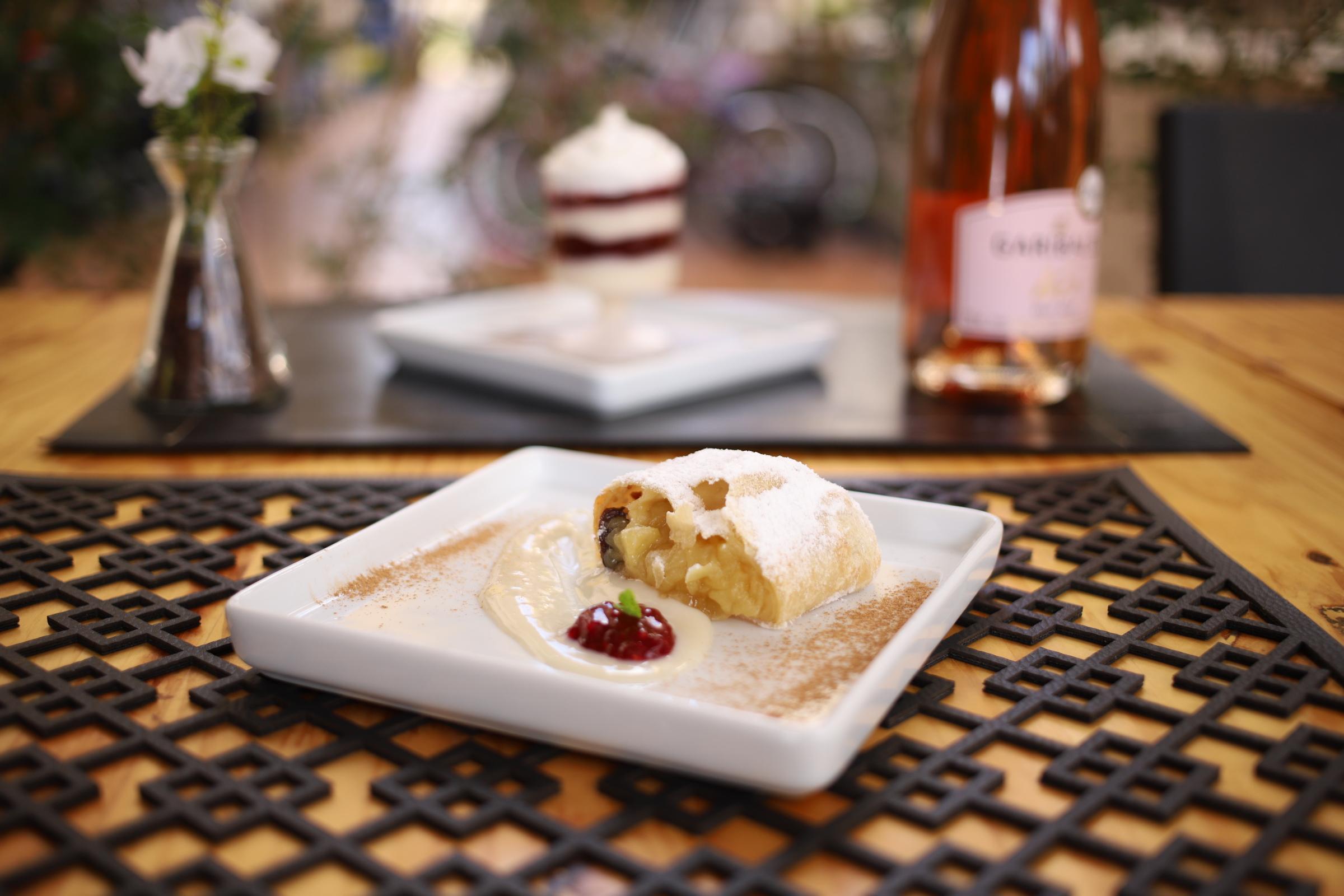 (Apfelstrüdel - sobremesa do jantar - Berlim Casa de Pães)  Fotos: Divulgação