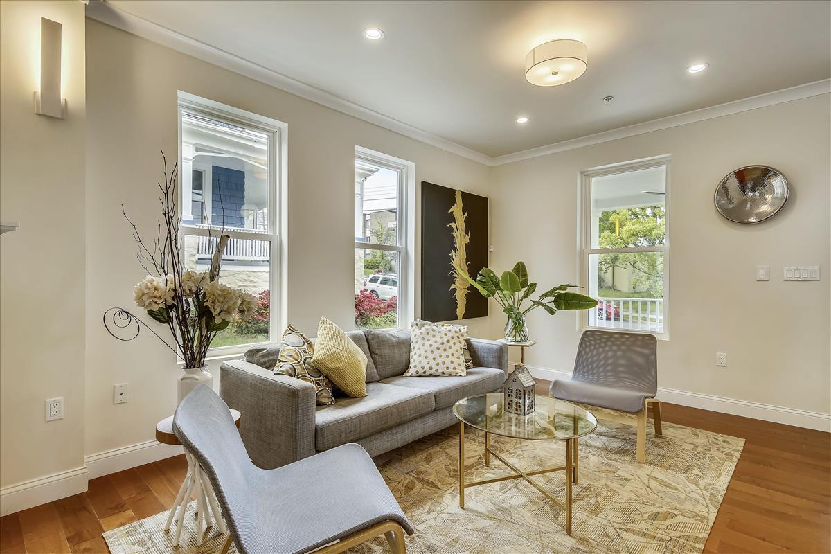 Main Level-Living Room-_MG_7950.JPG