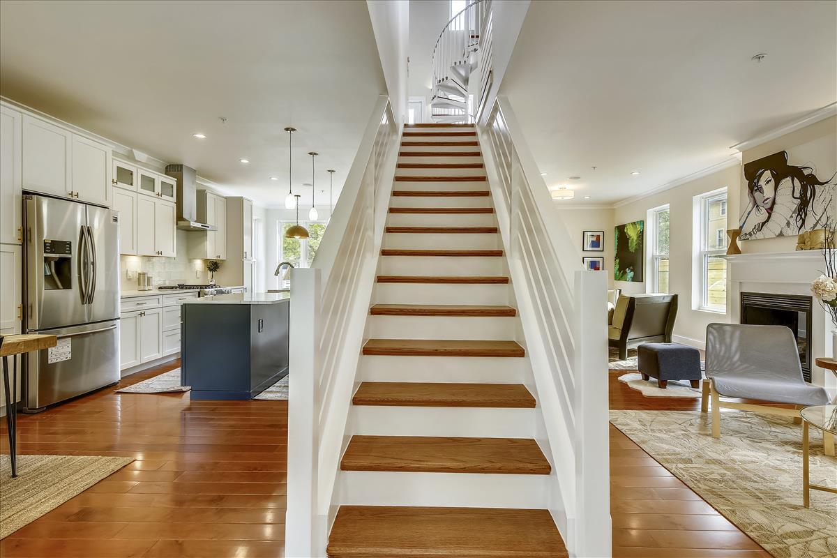 Main Level-Stairs-_MG_7870.JPG