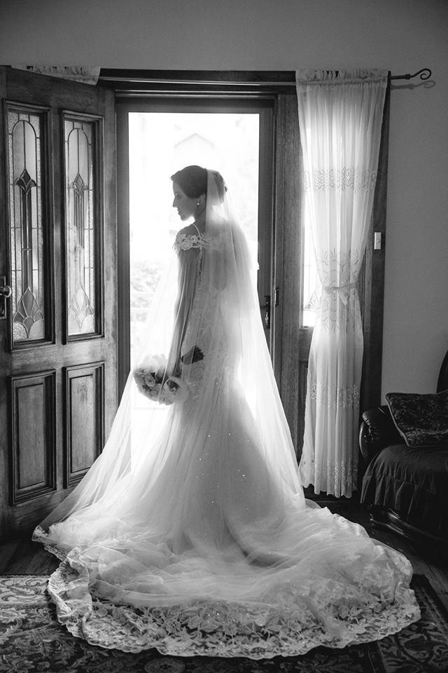 55826917Abbey Bridal #abbeybride Emily ft. Sapphire gown_997751970423840_2682328765660397568_n.jpg