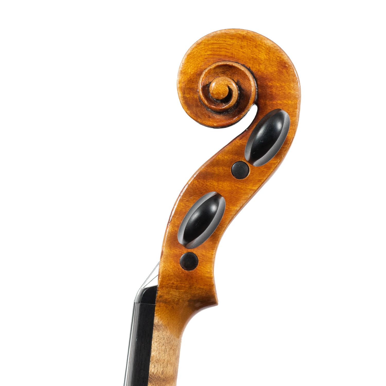Douglas Cox Violin, 1987, Putney, VT_Scroll.jpg