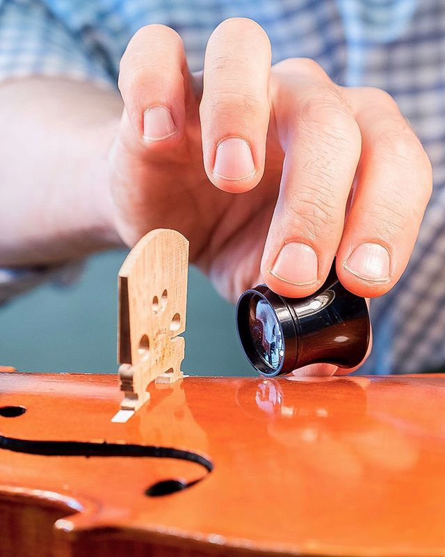 An average person can microwave 90-120 hot pockets (meatballs/mozzarella by 2, on a 1100 watt oven, 5-10 sec switching time) while Ryan fits, finishes and brands a perfect violin bridge. The more you know • • • • • • #keto #violin #viola #cello #violinshop #woodworking #luthier #craftsman