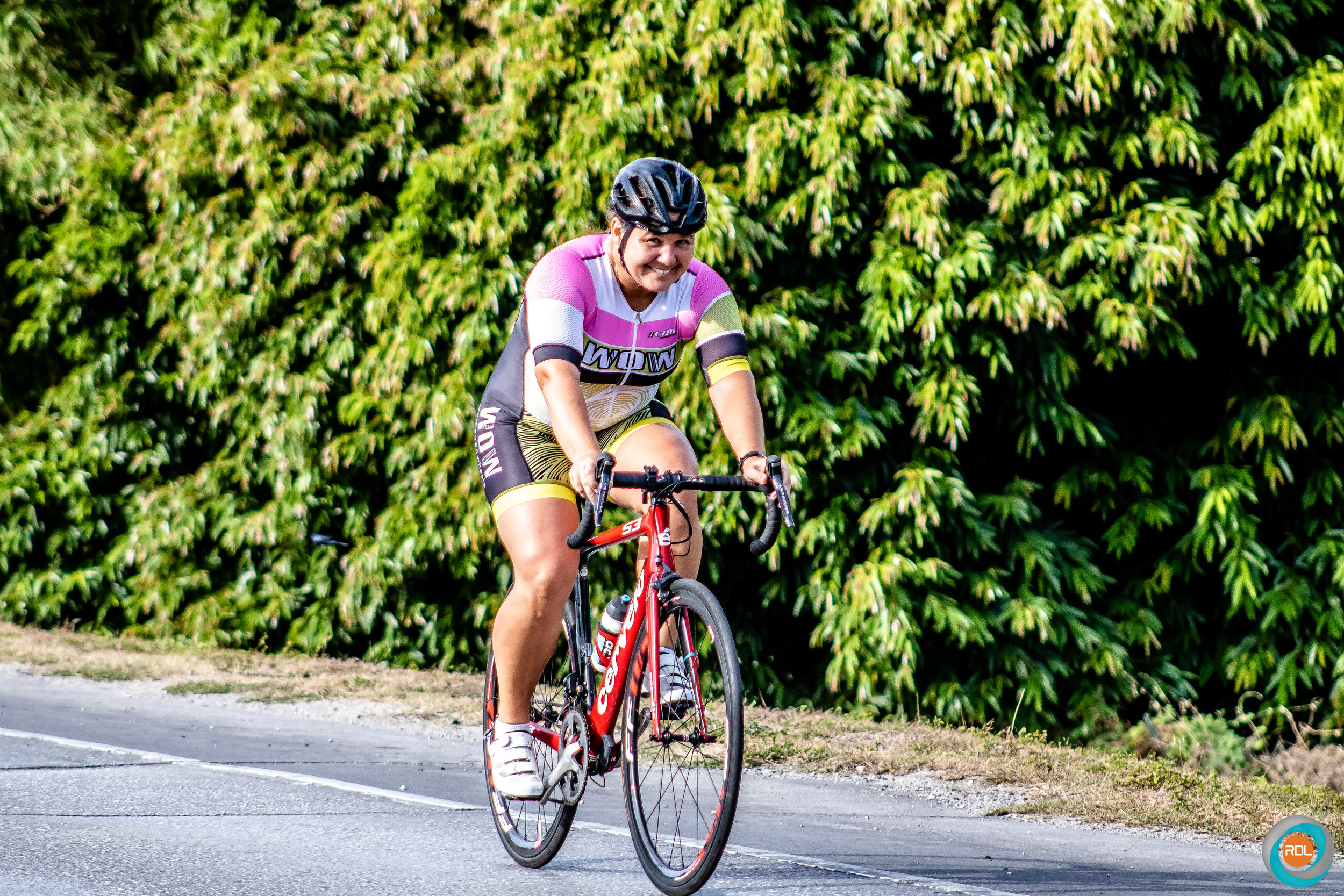 Carol Kelly won the female category with a time of one hour and twelve seconds. The female competitors were required to complete a 37.5 km race circuit.  Download ⤓