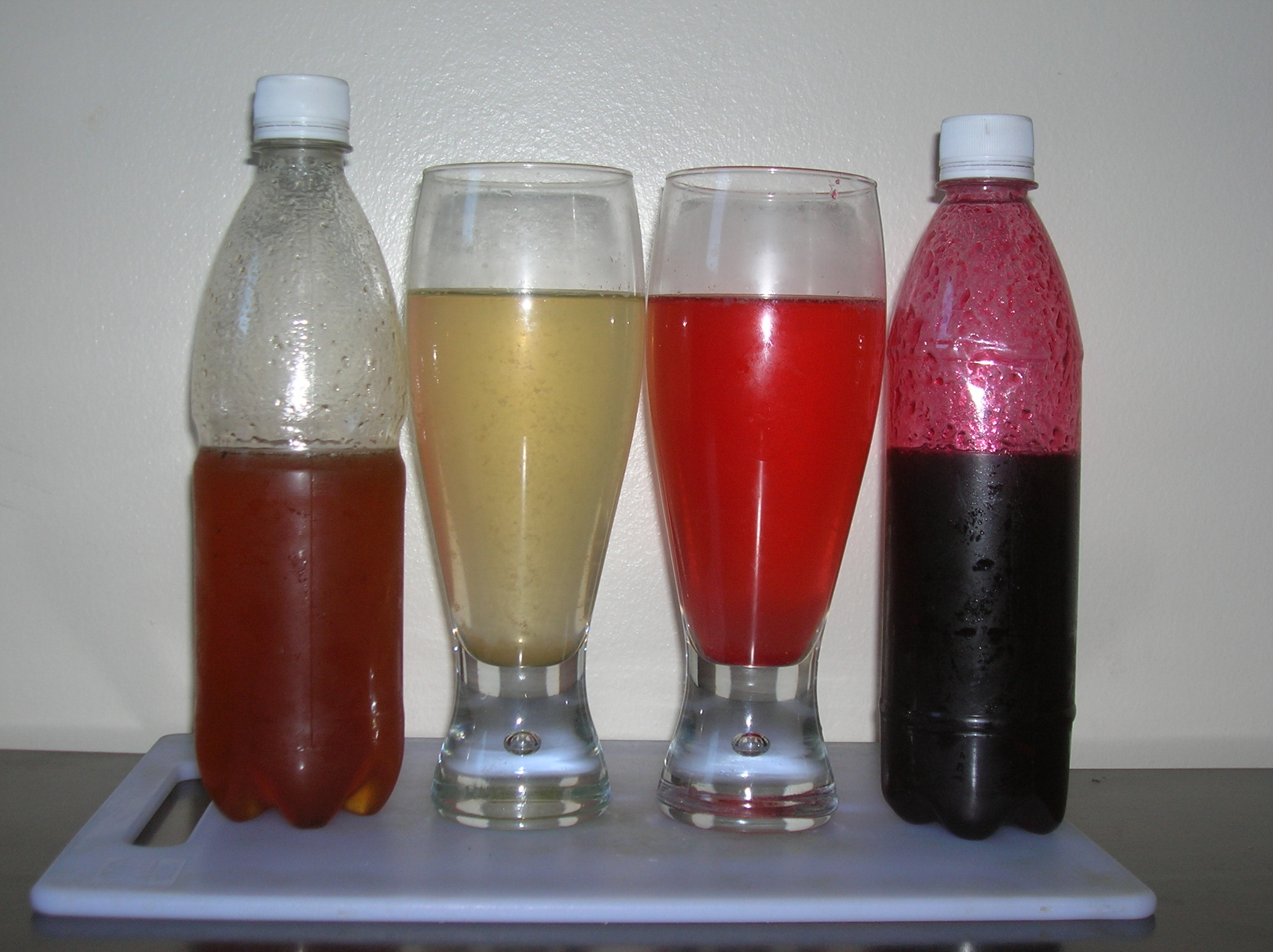 Garcinia_indica_yellow_and_red_syrups_and_drinks.jpg