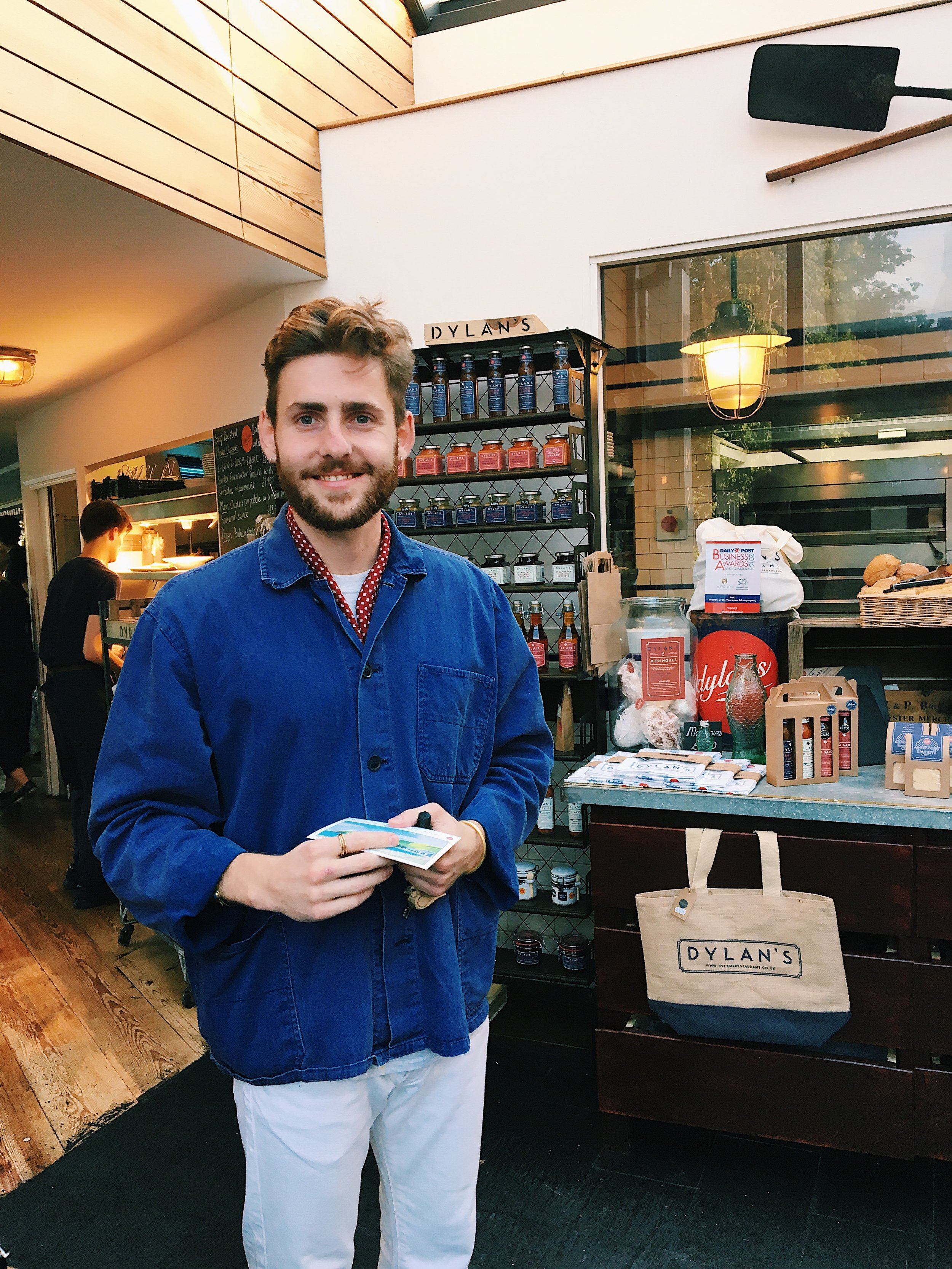 - Angus D Birditt is a food producer, freelance writer, and photographer. Following a Bachelor of Arts degree in History of Art from Oxford Brookes University, Angus co-founded The Bridge Lodge, an award-winning micro food company. Since its establishment in 2016, both Angus and The Bridge Lodge have won several awards.
