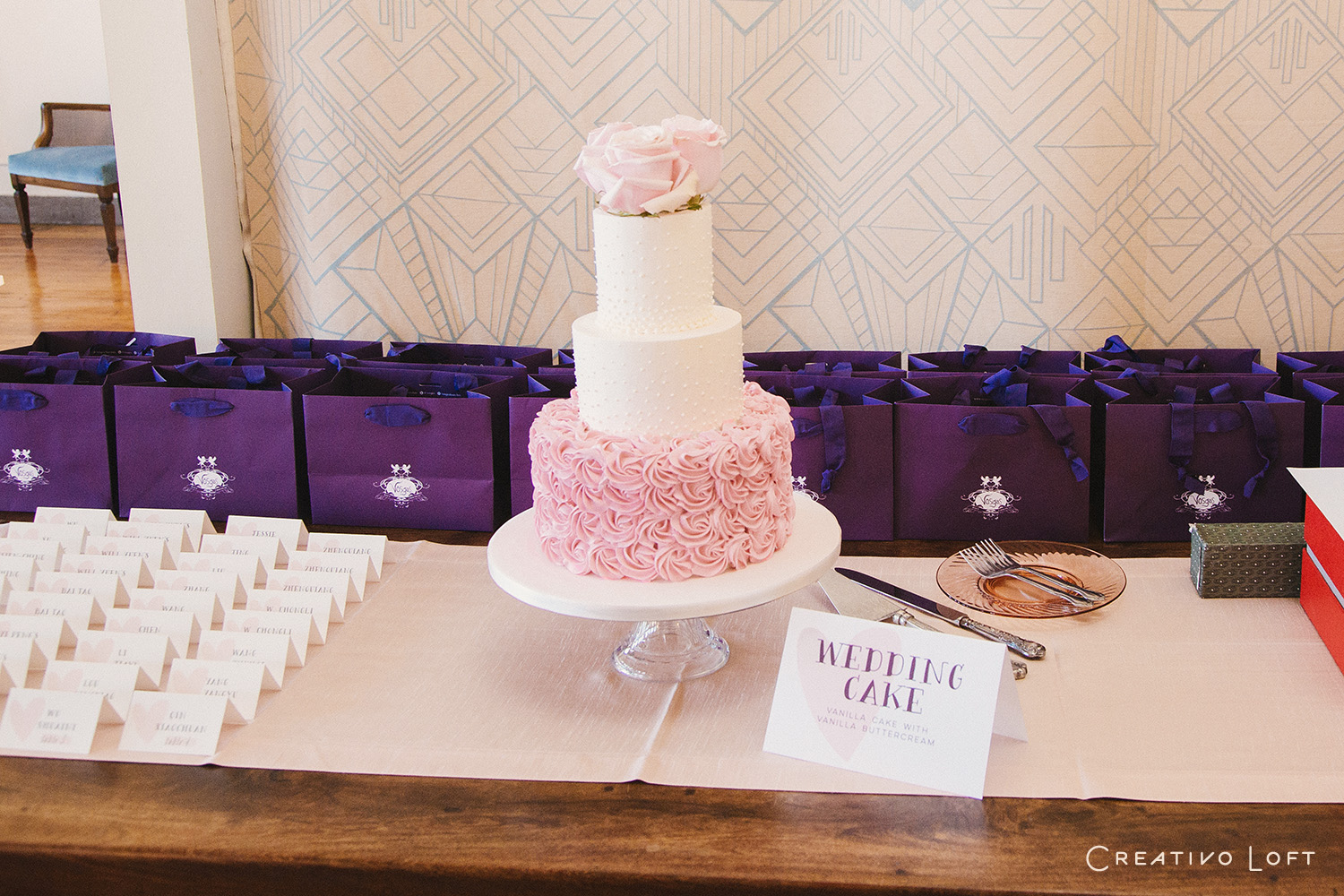 06-CreativoLoft-blush-brunch-wedding.jpg