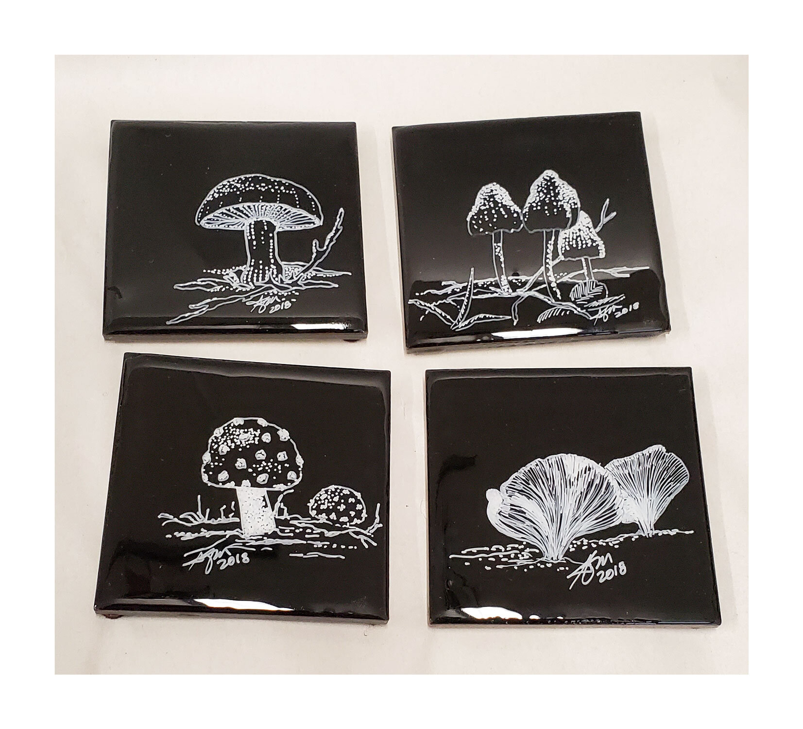 Mushrooms, because I love them… - So yeah, these don't have color…