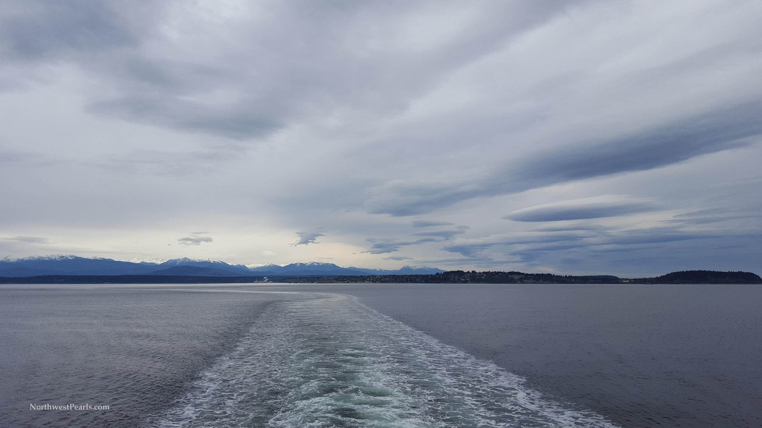 Northwest Pearls    Ebey's Landing    Blog
