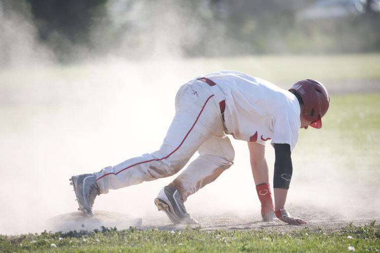 baseball steal.jpg