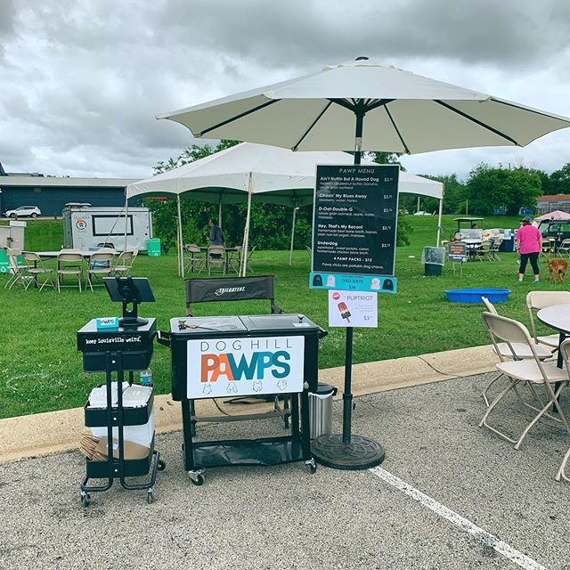 Come see us at the Waggin' Trail Festival today for SUNDAY FUNDAY! Drinks, music, food, and activities for the whole family until 5pm!! 😎🐕🐾 . . . . . #doghillpawps #dogpopsicle #popsicle #popsiclesfordogs #doglovers #louisville #dogsoflouisville #spoileddog #buylocal #kyhumanesociety #waggintrail