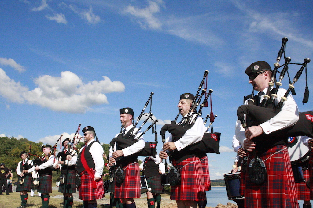 pipers on dike copy_low res.jpg