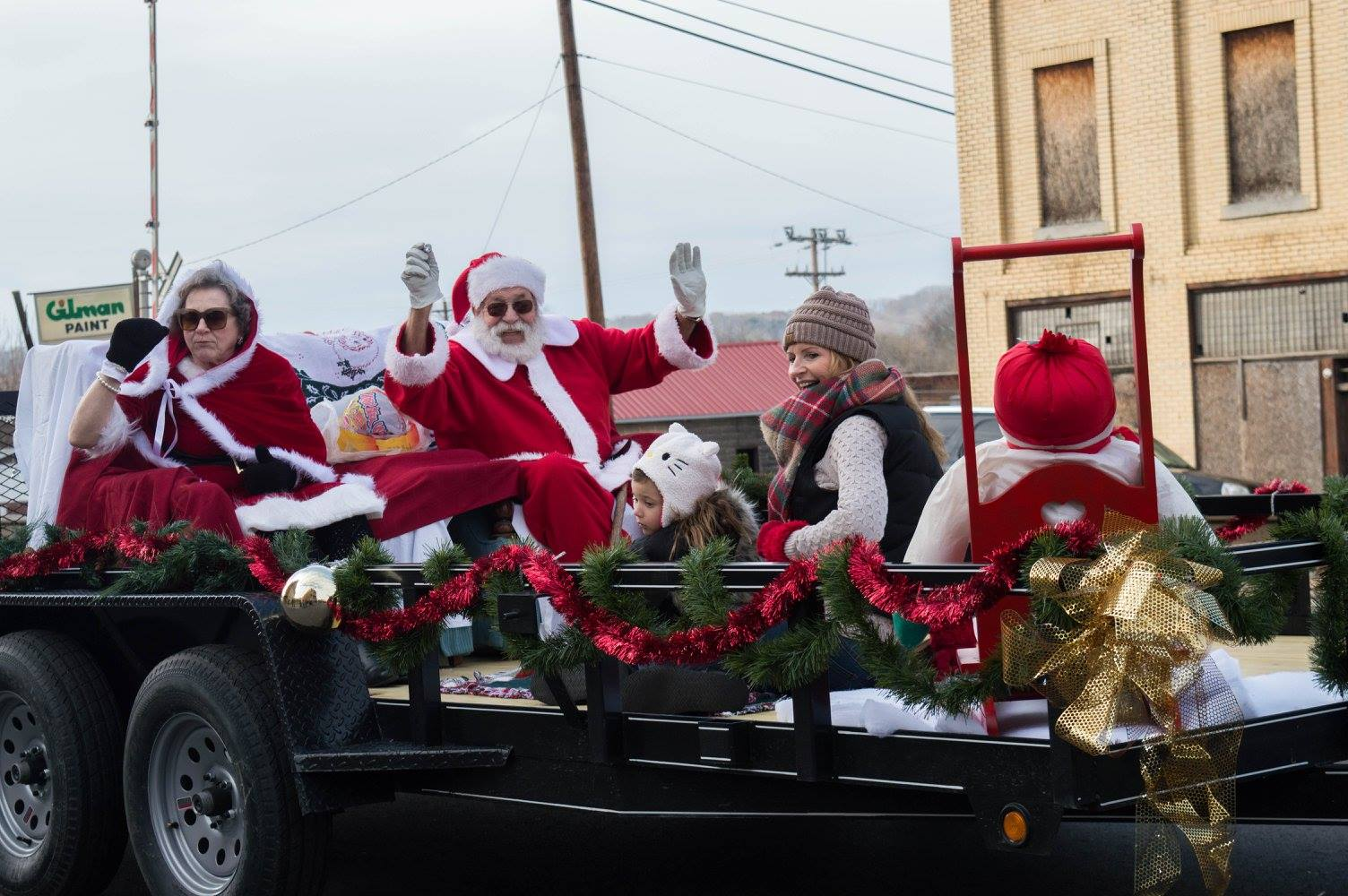 Hometown christmas parade.jpg