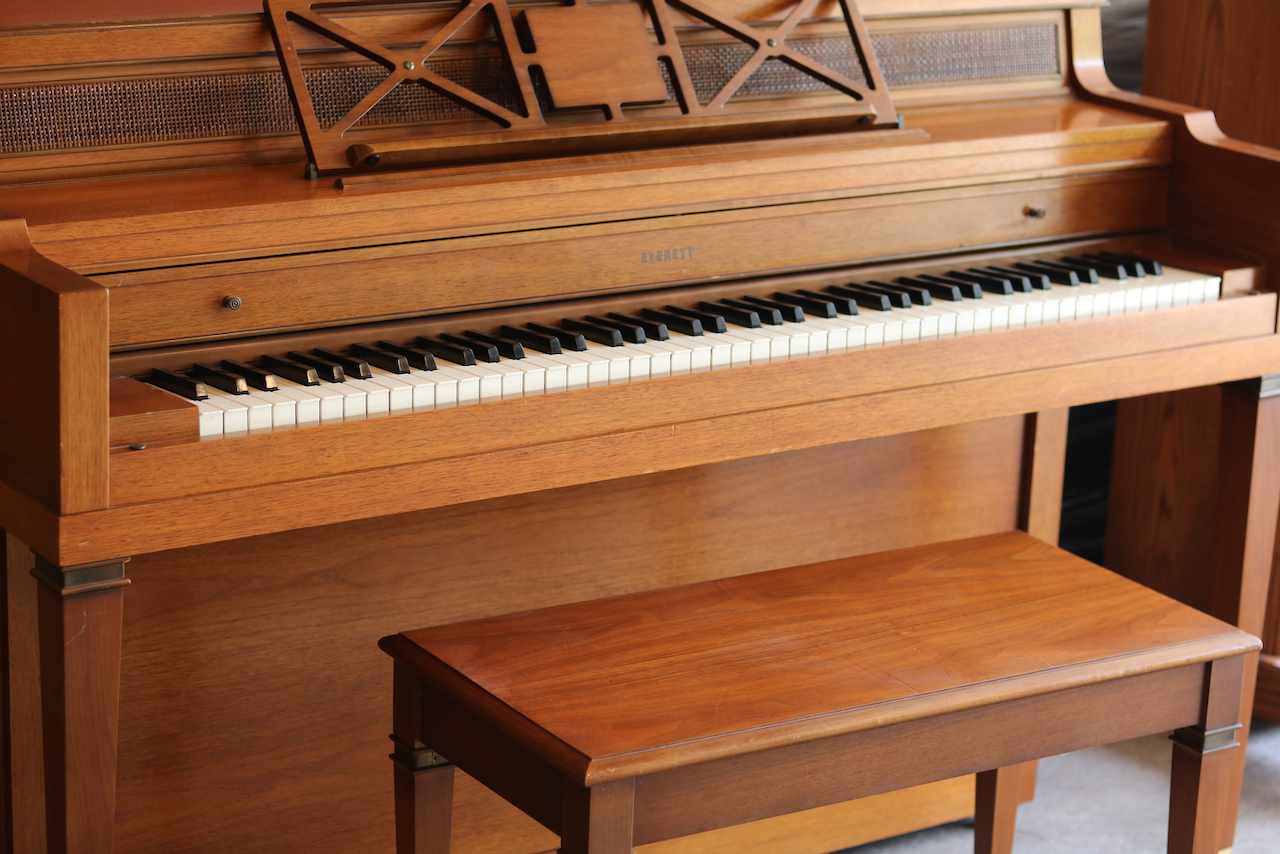 Buy a piano - Our selection of hand picked pianos