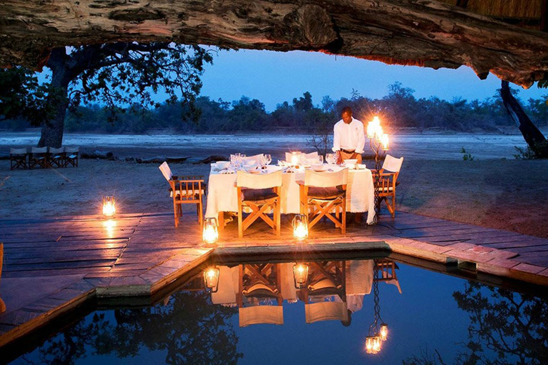 Mchenja-Bushcamp-Romantic-Dinner.jpg