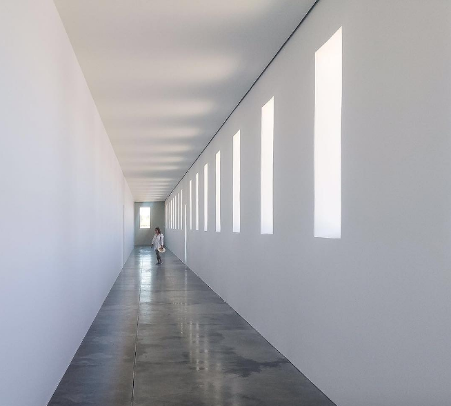 Robert Irwin,  Untitled (From Dawn to Dusk) , 2016, black and white translucent scrim. Installation in Marfa, Texas.