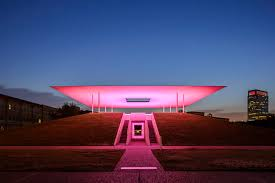 James Turrell,  Twilight Epiphany Skyspace , 2012, Rice University campus, Houston, Texas