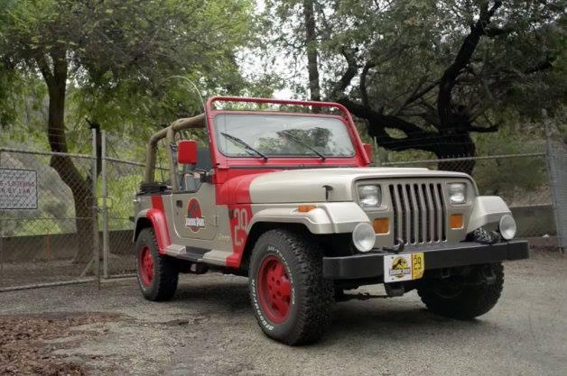 Jurassic-Jeep.jpg