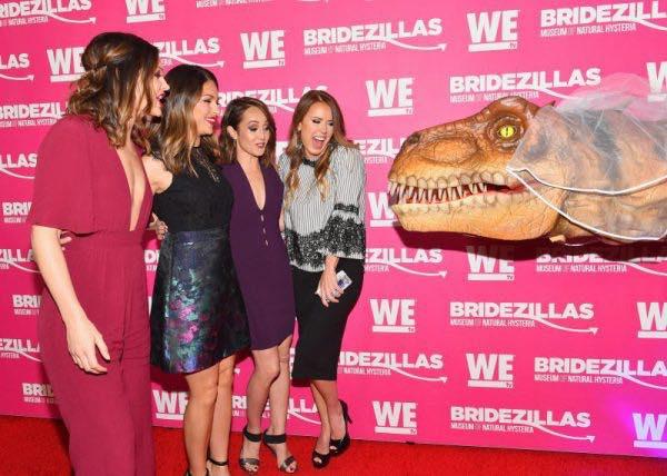 Dinosaur Performer in New York City.jpg