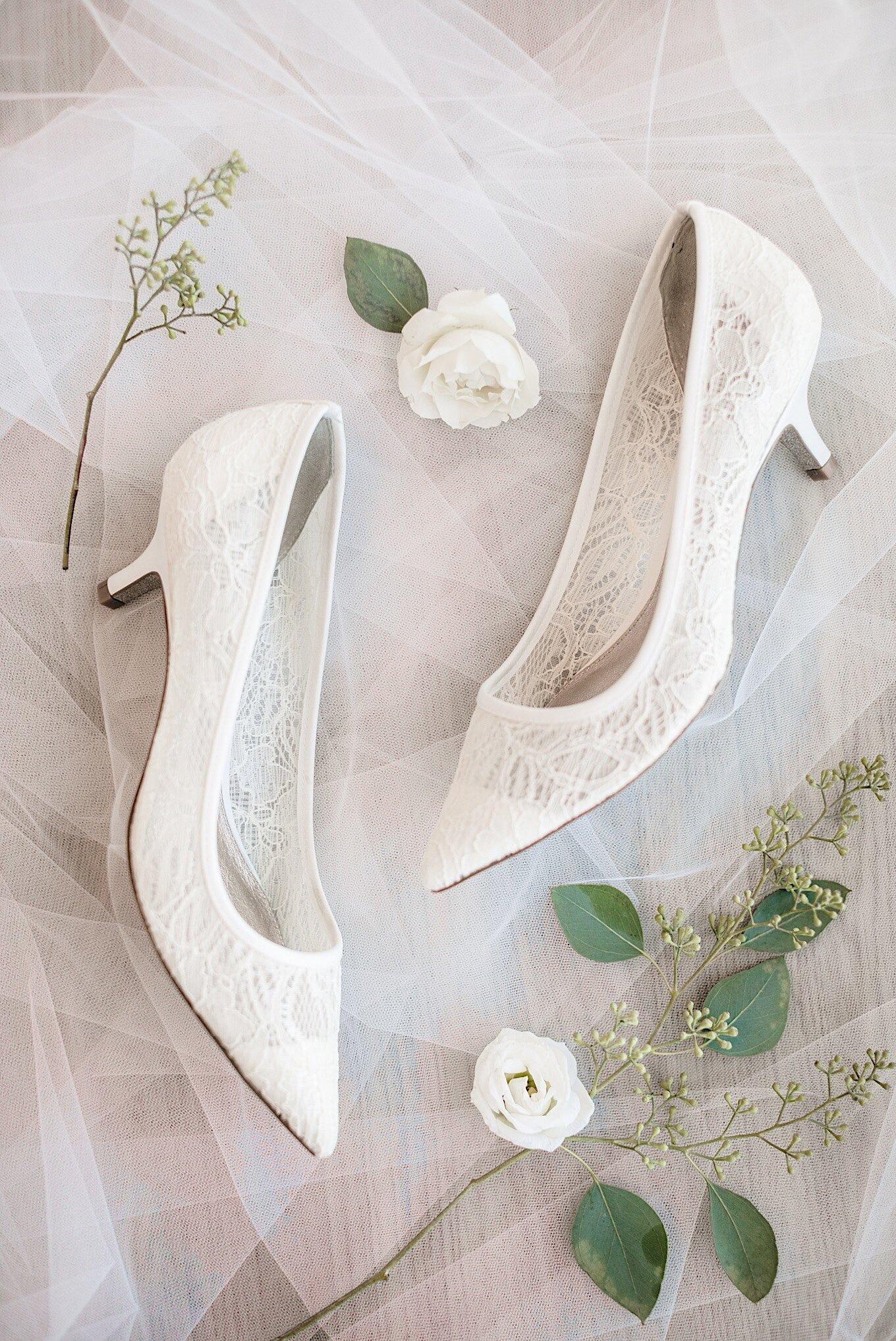 01_schutt-wedding-sneakpeek-1.jpg