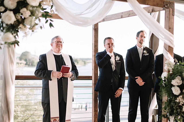 13_schutt-wedding-sneakpeek-18.jpg