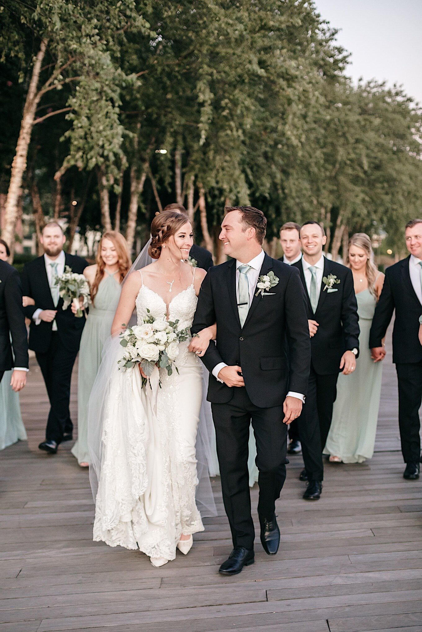 27_schutt-wedding-sneakpeek-34.jpg