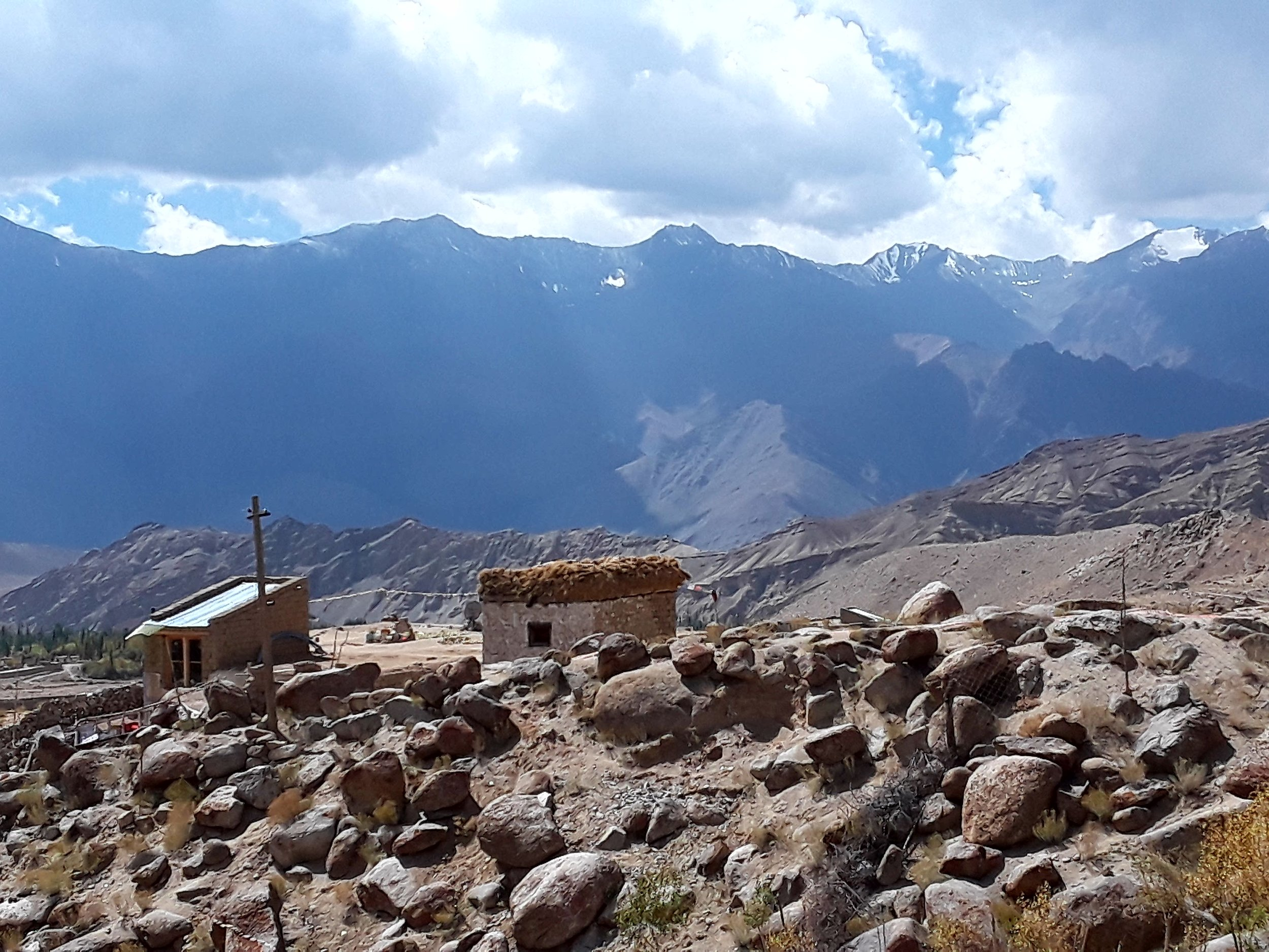 Once you leave Likir monastery behind, the Stok range becomes more prominent.