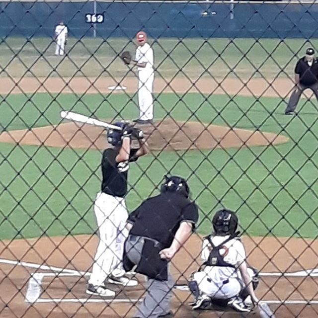 Diamond Baseball Club player, Hunter Thompson, was on the mound for Hutto HS last night.