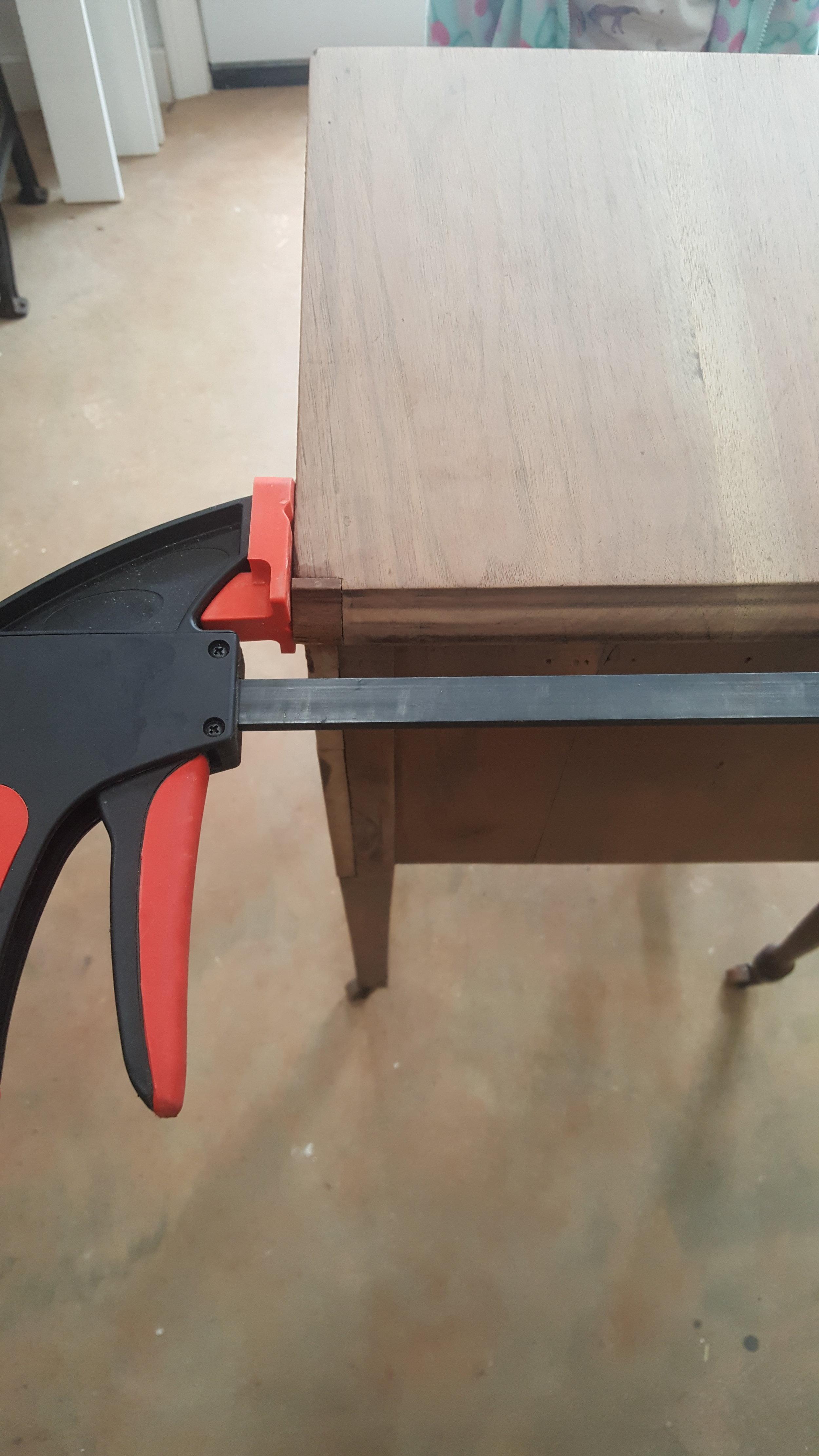 Molding 4.jpg