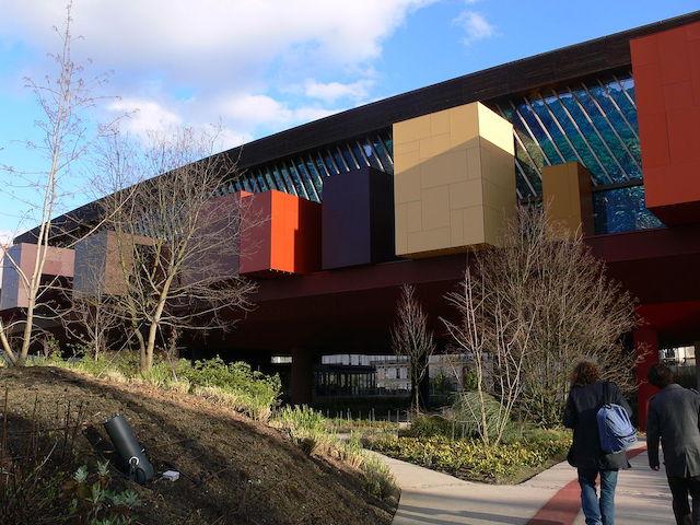 布朗利河岸博物館。圖片來源:Wikipedia