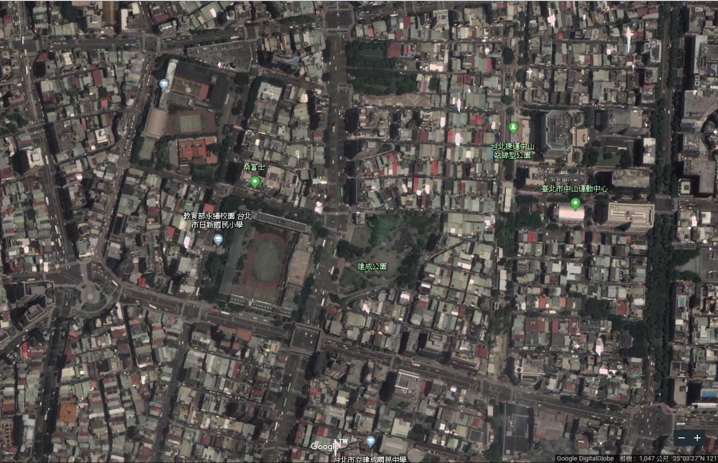 建成公園周邊現況空照圖。圖片來源:Google Earth