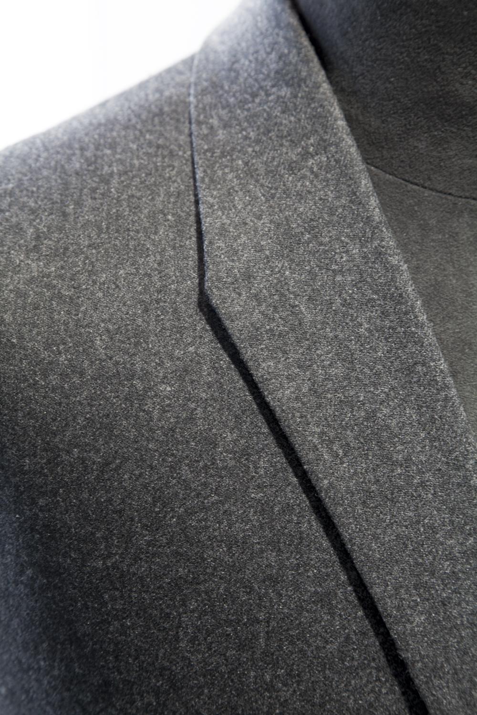 Angled collar