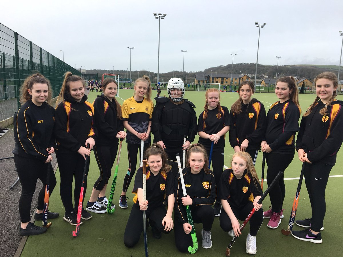 U 14's Hockey Tournament Excellent effort from the girls 1x Draw 1x Loss so far!!