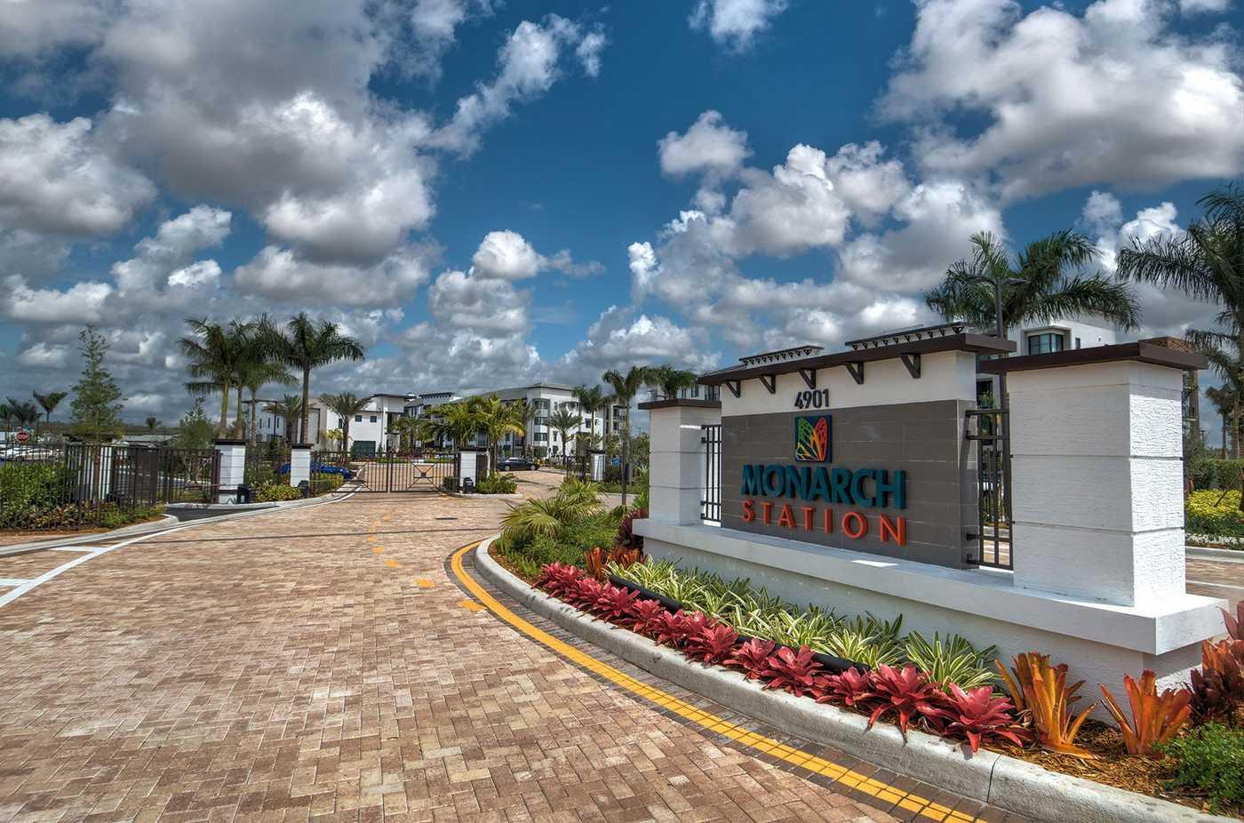 Monarch Station Outside2.jpg