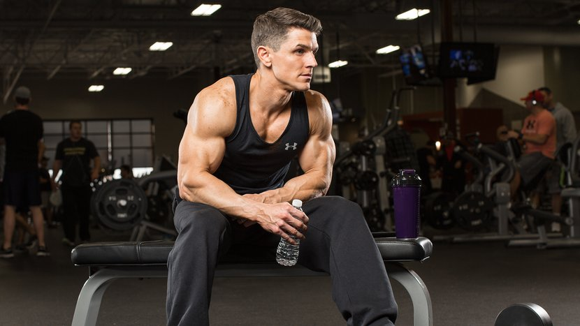what-is-the-optimal-time-between-sets-for-muscle-growth-header-v2-830x467.jpg