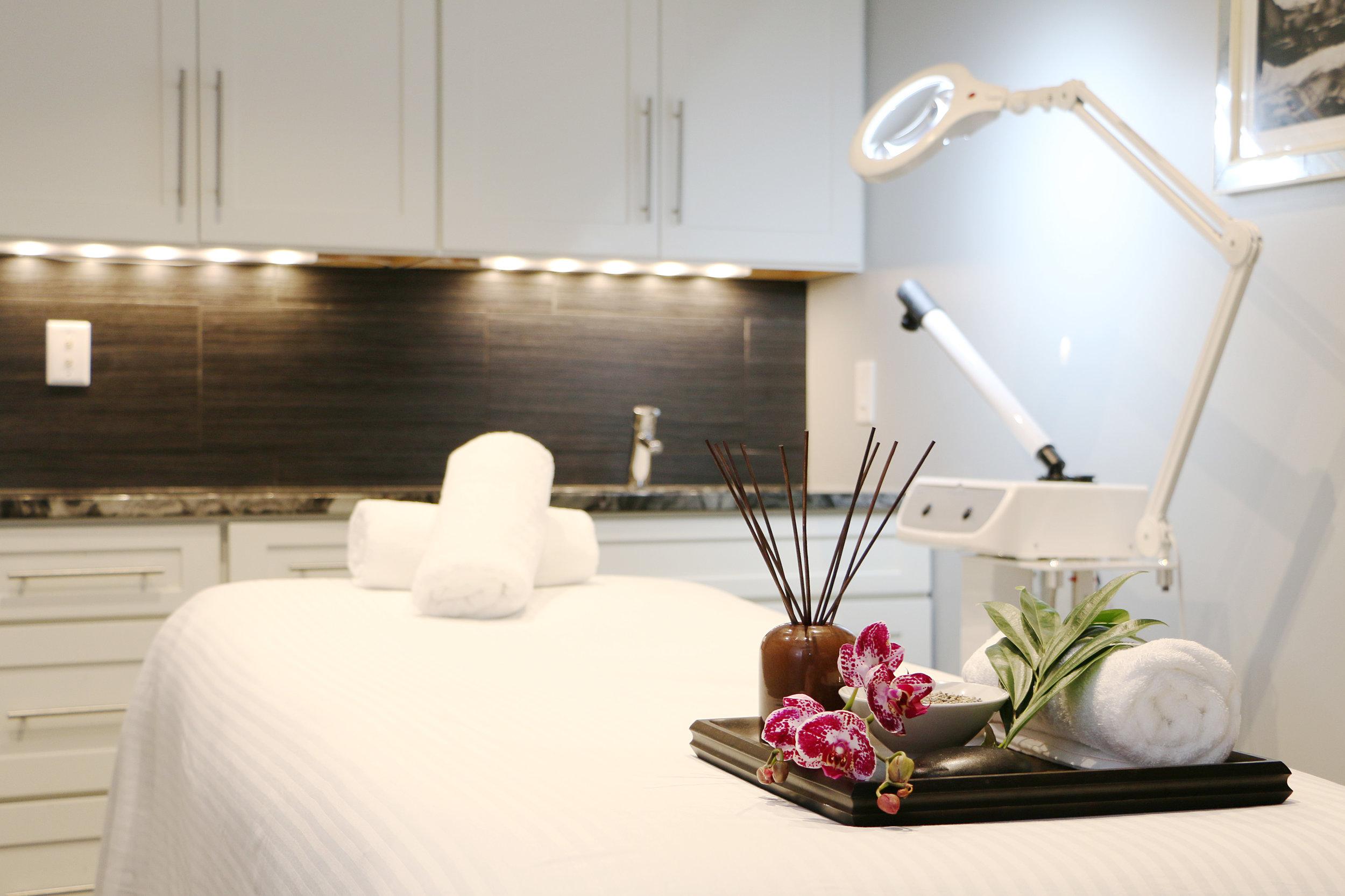 Esty Room.JPG