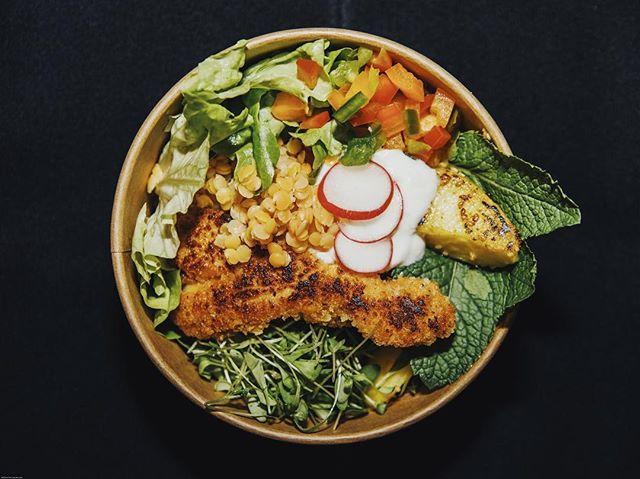 Manger sainement au bureau, impossible vous dites ? 🥗🤓 #laromatetraiteur