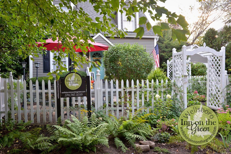 Wellsboro Inn on the Green Front Yard